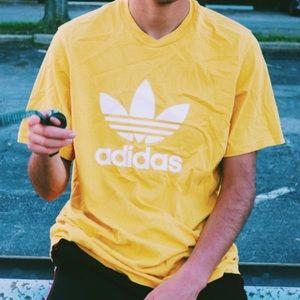 Adidas t shit